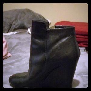 Women's Michael kors wedge short boots